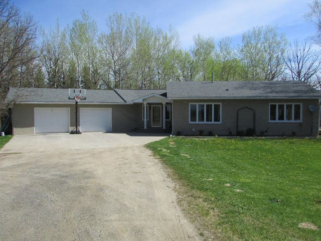 770 22nd Avenue NW, Baudette, MN 56623