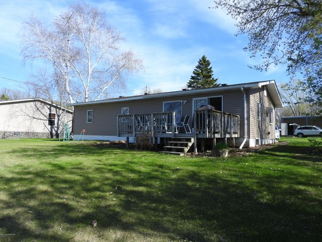 22647 Ferncliff Rd, Clitherall, MN 56524