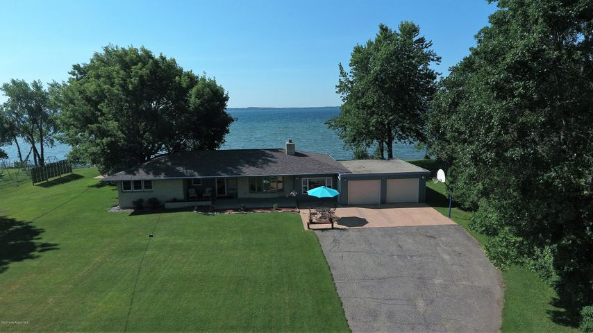 38462 N Shore Drive, Battle Lake, MN 56515