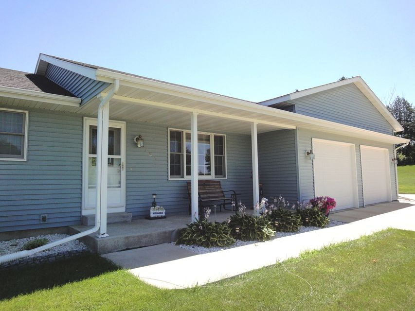 705 7th,Plainview,Minnesota 55964,3 Bedrooms Bedrooms,3 BathroomsBathrooms,Single family residence,7th,4077167