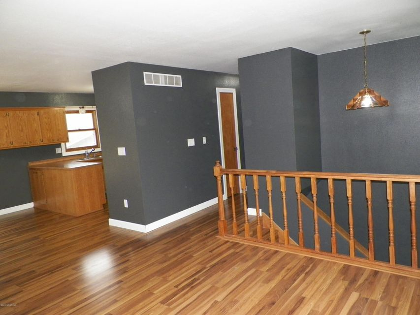 2068 48th,Rochester,Minnesota 55901,4 Bedrooms Bedrooms,2 BathroomsBathrooms,Single family residence,48th,4079963