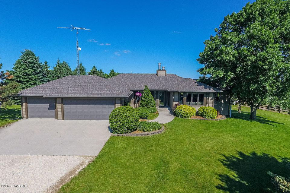7500 Valleyhigh NW, Byron, MN 55920