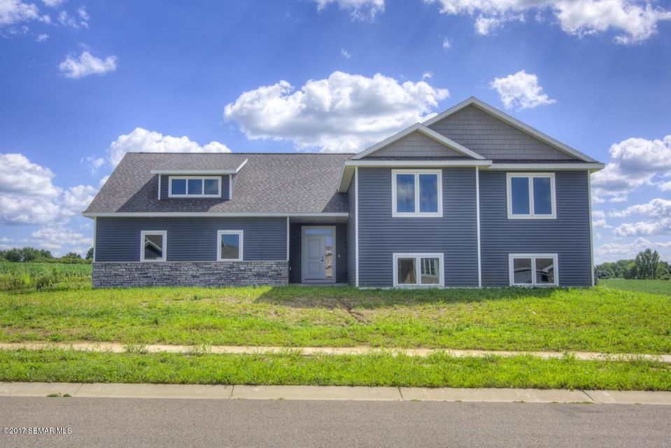 600 12th NW, Kasson, MN 55944