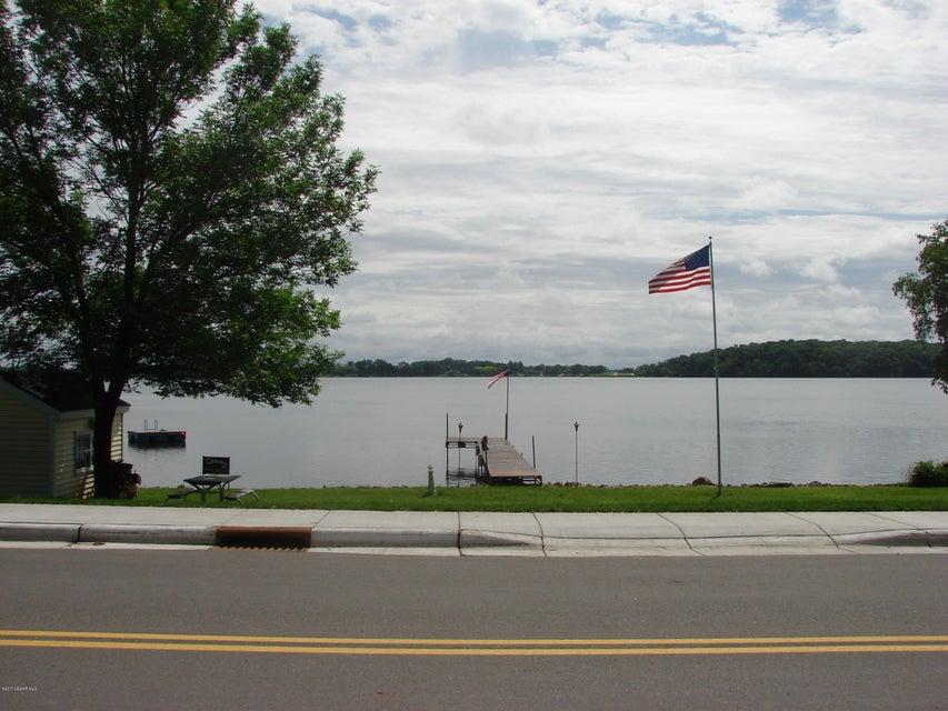 901 Clear Lake Drive Drive Waseca, MN 56093 - MLS #: 4083687