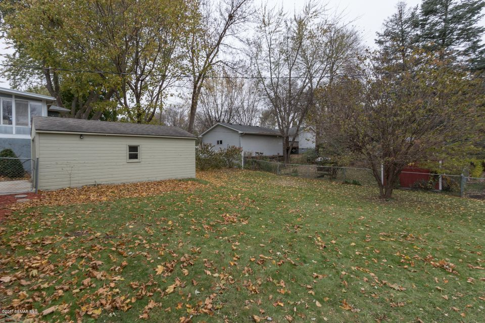 2427 24th,Rochester,Minnesota 55901,3 Bedrooms Bedrooms,2 BathroomsBathrooms,Single family residence,24th,4083988