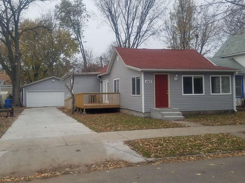 469 Center,Winona,Minnesota 55987,3 Bedrooms Bedrooms,1 BathroomBathrooms,Single family residence,Center,4084132