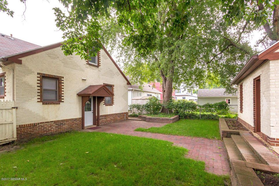 1508 1st,Rochester,Minnesota 55901,3 Bedrooms Bedrooms,2 BathroomsBathrooms,Single family residence,1st,4084239