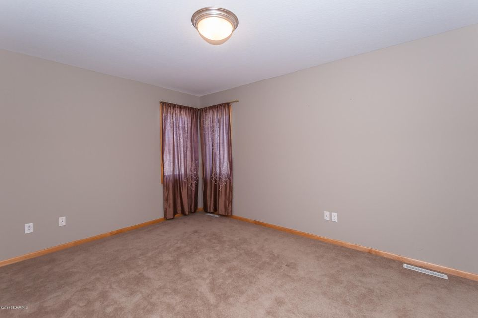 5925 Basswood,Rochester,Minnesota 55901,2 Bedrooms Bedrooms,3 BathroomsBathrooms,Townhouse,Basswood,4084934