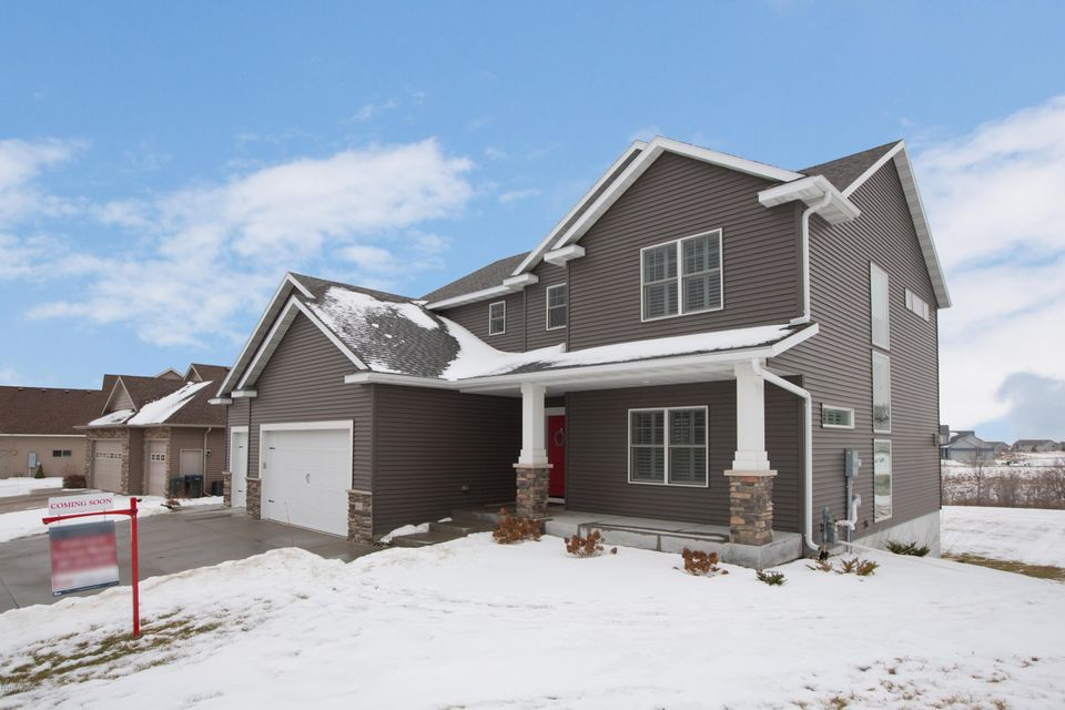 6485 Summit Pointe,Rochester,Minnesota 55901,4 Bedrooms Bedrooms,3 BathroomsBathrooms,Single family residence,Summit Pointe,4084935
