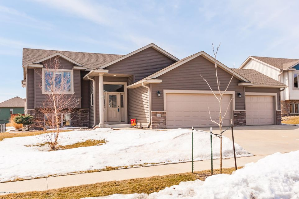 2461 Ashland,Rochester,Minnesota 55901,4 Bedrooms Bedrooms,3 BathroomsBathrooms,Single family residence,Ashland,4086269