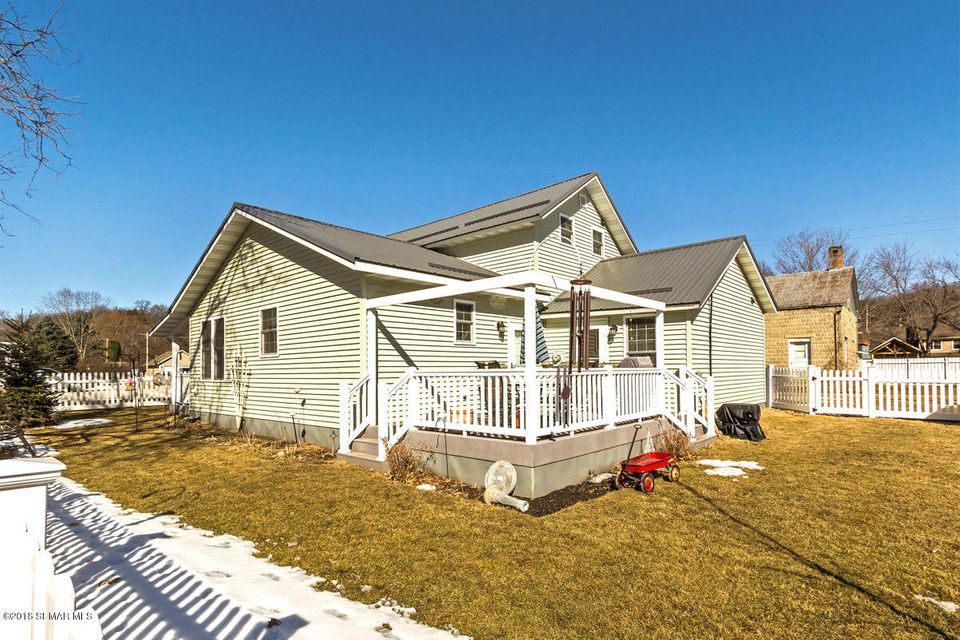 213 2nd,Whalan,Minnesota 55949,3 Bedrooms Bedrooms,2 BathroomsBathrooms,Single family residence,2nd,4086274