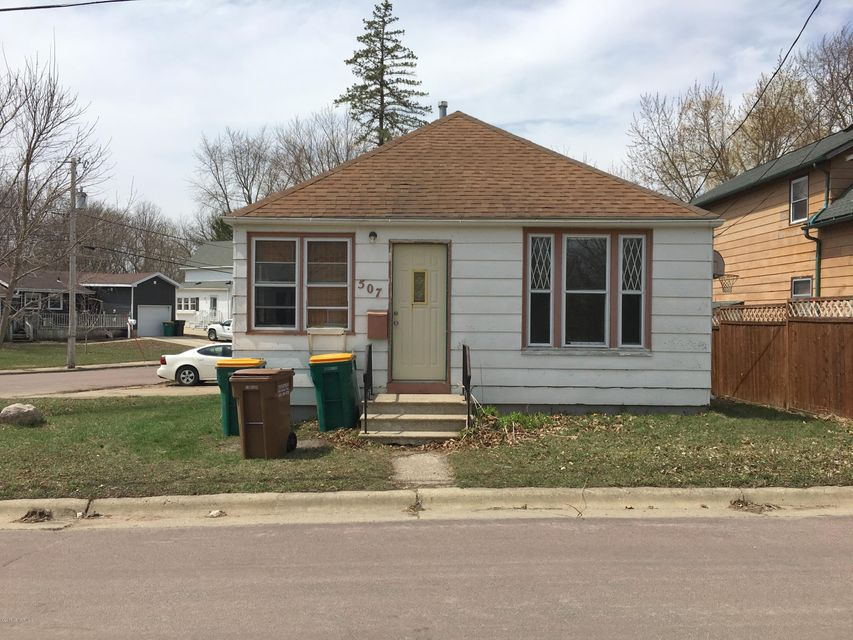 507 Pleasant Avenue Avenue Albert Lea, MN 56007 - MLS #: 4087432