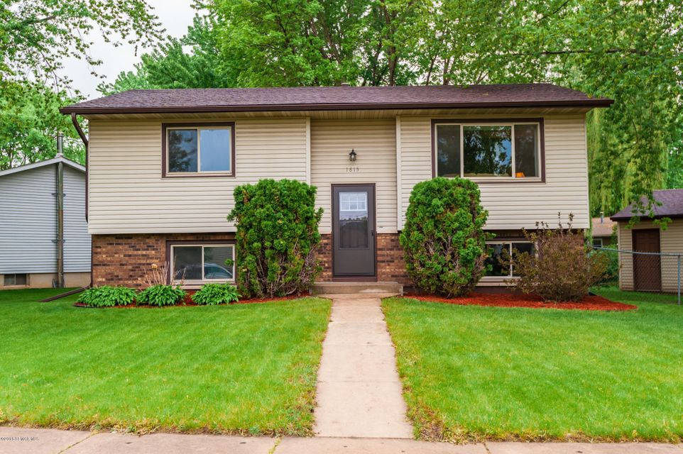 1815 NW 42nd Street NW Street Rochester, MN 55901 - MLS #: 4088087