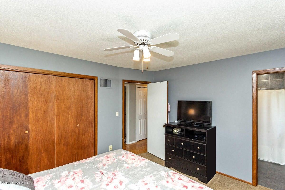 831 NE 5th Street NE Street Rochester, MN 55906 - MLS #: 4088171
