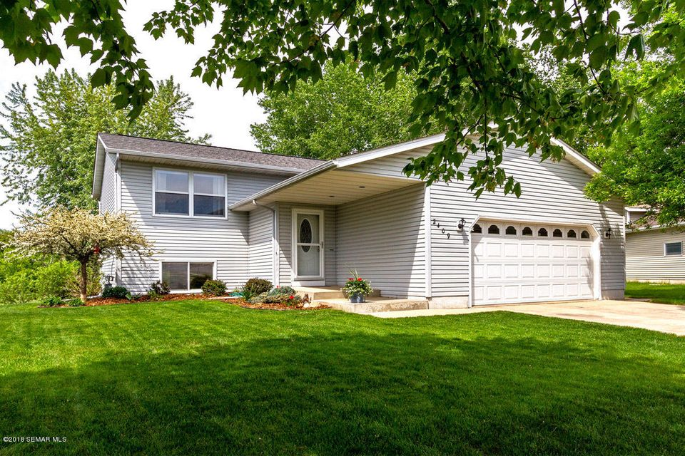 2409 52nd,Rochester,Minnesota 55901,4 Bedrooms Bedrooms,2 BathroomsBathrooms,Single family residence,52nd,4088228