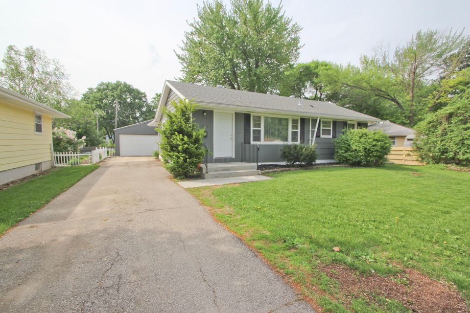2354 15th,Rochester,Minnesota 55901,4 Bedrooms Bedrooms,2 BathroomsBathrooms,Single family residence,15th,4088223