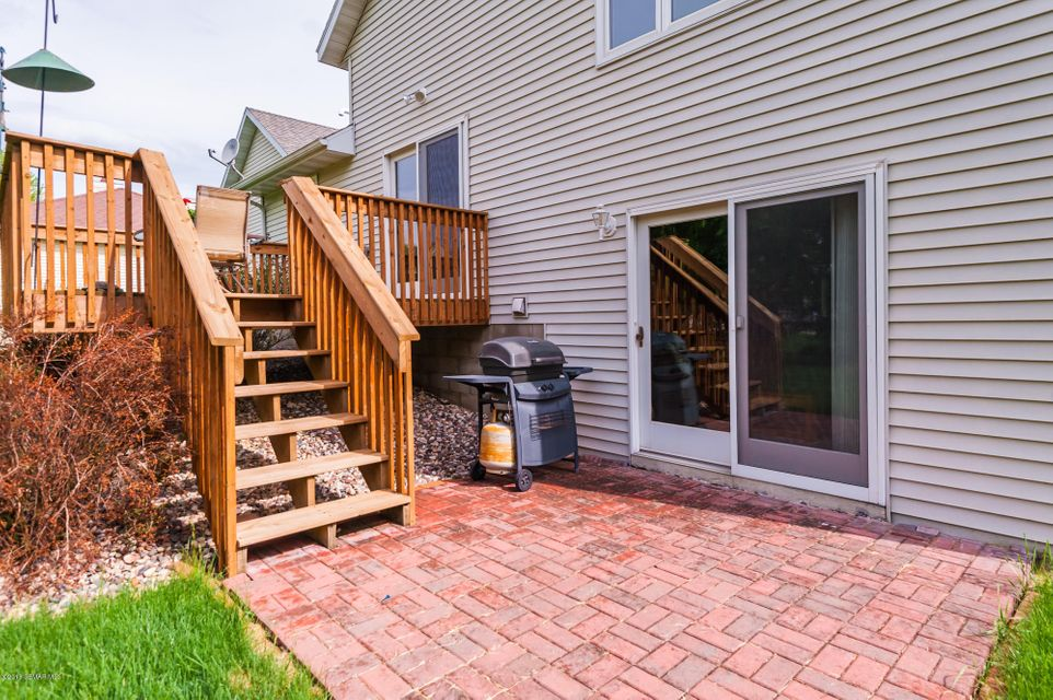 1804 Fox Valley,Rochester,Minnesota 55902,3 Bedrooms Bedrooms,3 BathroomsBathrooms,Single family residence,Fox Valley,4088225