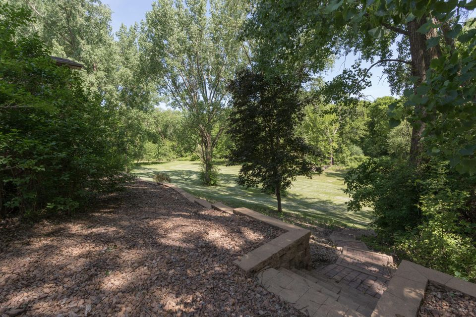 5900 NW Manor Court NW Court Rochester, MN 55901 - MLS #: 4088461