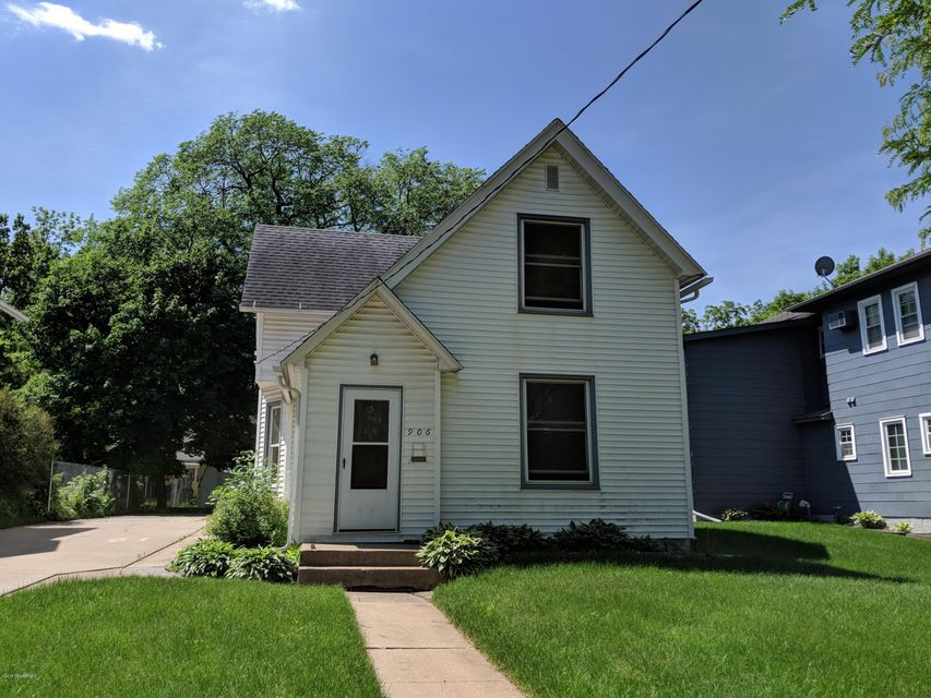 906 E E Center Street Street Rochester, MN 55904 - MLS #: 4088541