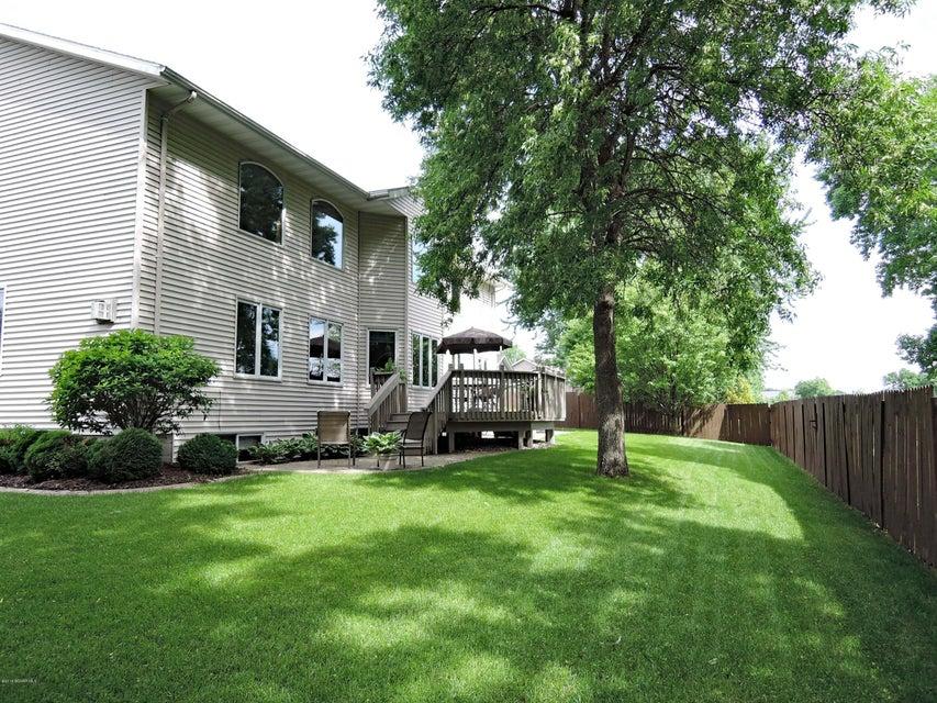 2045 NE Willowridge Place NE Place Owatonna, MN 55060 - MLS #: 4088608