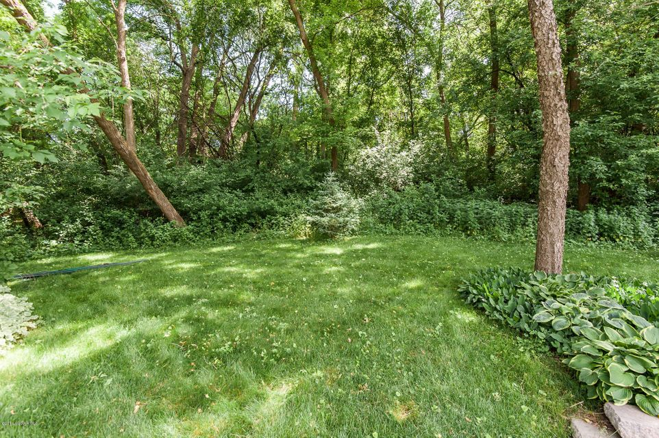1963 SW Fox Valley Drive SW Drive Rochester, MN 55902 - MLS #: 4088599