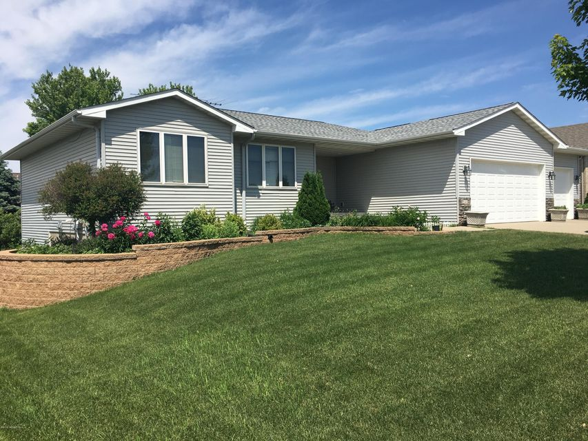 840 Countryview Avenue Avenue Owatonna, MN 55060 - MLS #: 4088619