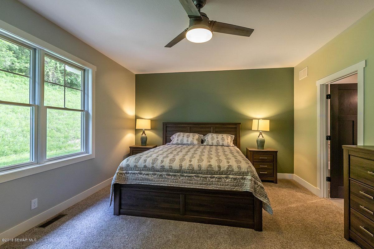 392 Valley Oaks Drive Drive Winona, MN 55987 - MLS #: 4088621