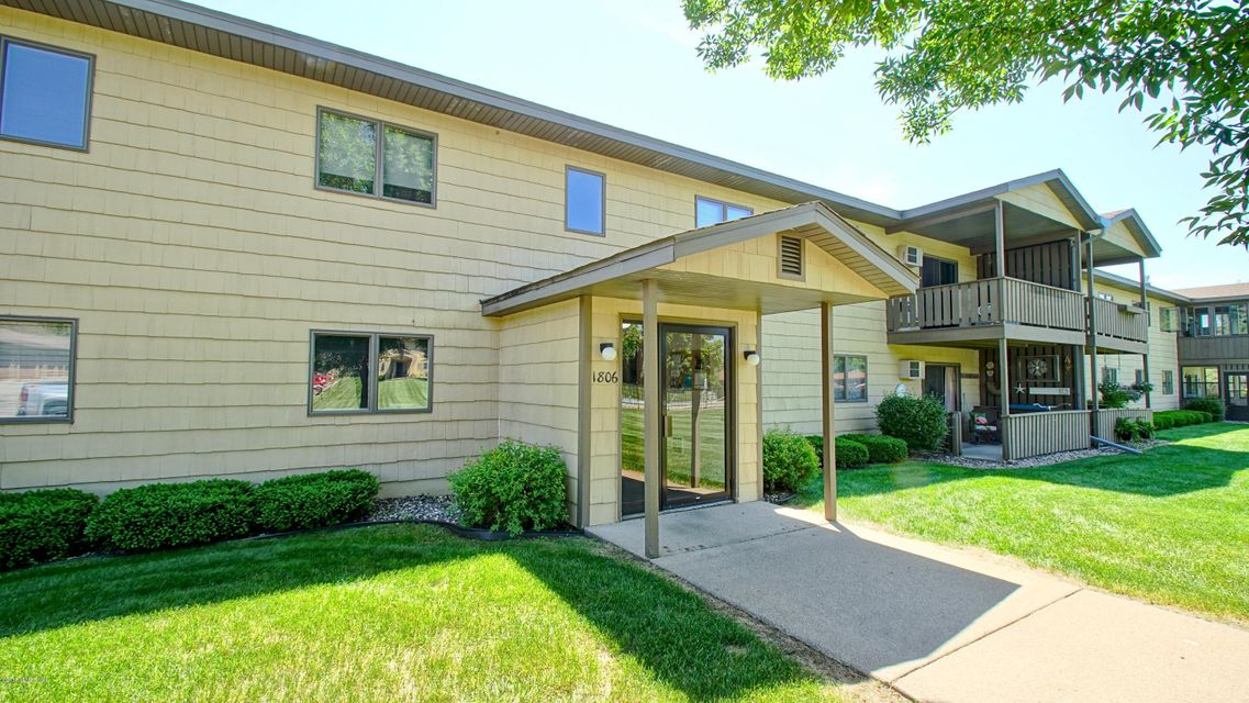 1806 Pioneer Road Unit: 113 Road Red Wing, MN 55066 - MLS #: 4088625