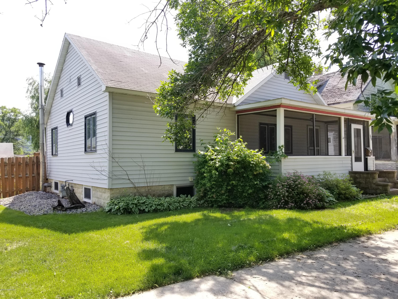 207 E E Howard Street Street Winona, MN 55987 - MLS #: 4088586