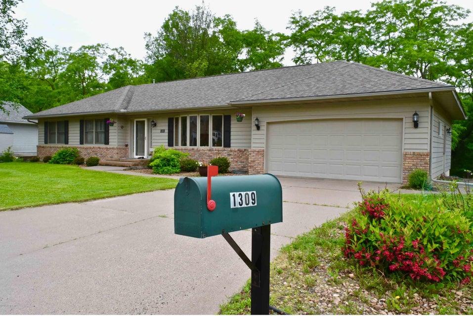1309 Ridgewood Drive Drive Winona, MN 55987 - MLS #: 4088622