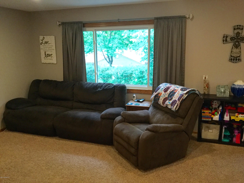 1809 Bayview Drive Drive Albert Lea, MN 56007 - MLS #: 4088648