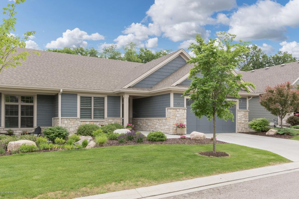 992 SW Fox Valley Place SW Place Rochester, MN 55902 - MLS #: 4088659