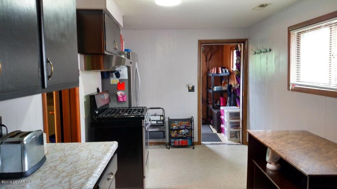 1016 9th,Winona,Minnesota 55987,2 Bedrooms Bedrooms,1 BathroomBathrooms,Single family residence,9th,4088700
