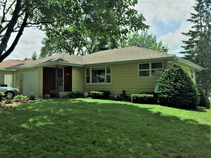2555 NW 12th Avenue NW Avenue Rochester, MN 55901 - MLS #: 4088854