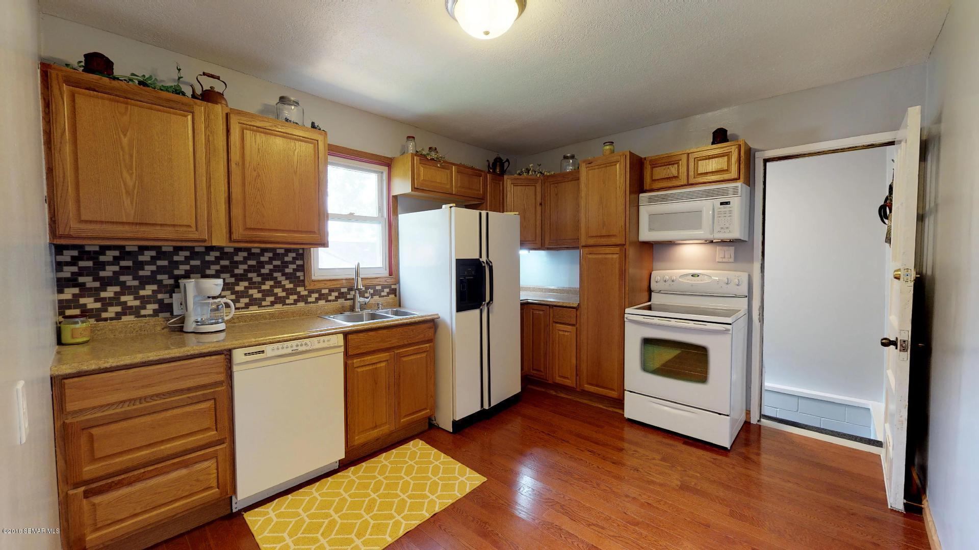 714 Lincoln Avenue Avenue Albert Lea, MN 56007 - MLS #: 4089013