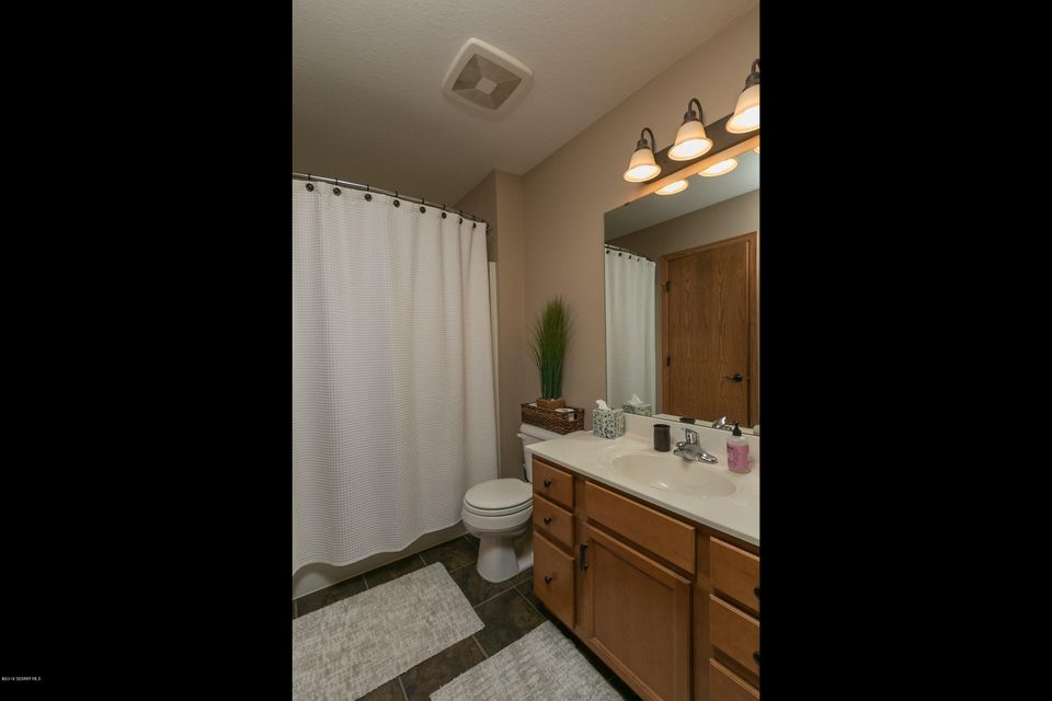 4929 NW Castleview Drive NW Drive Rochester, MN 55901 - MLS #: 4089209