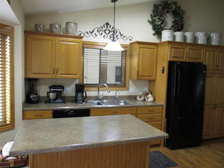 702 Simplicity Drive Unit: B Drive Ellendale, MN 56026 - MLS #: 4089252