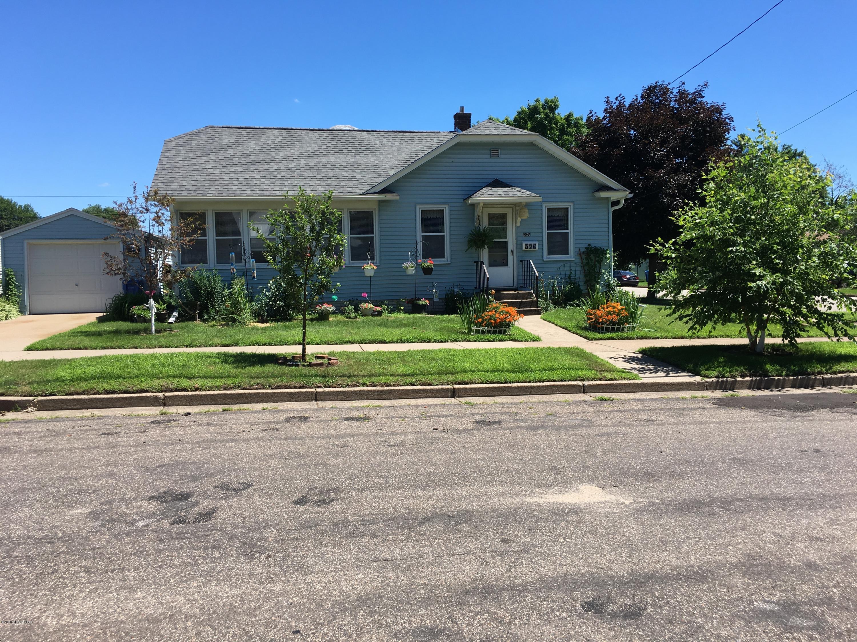 526 Laird Street Street Winona, MN 55987 - MLS #: 4089258
