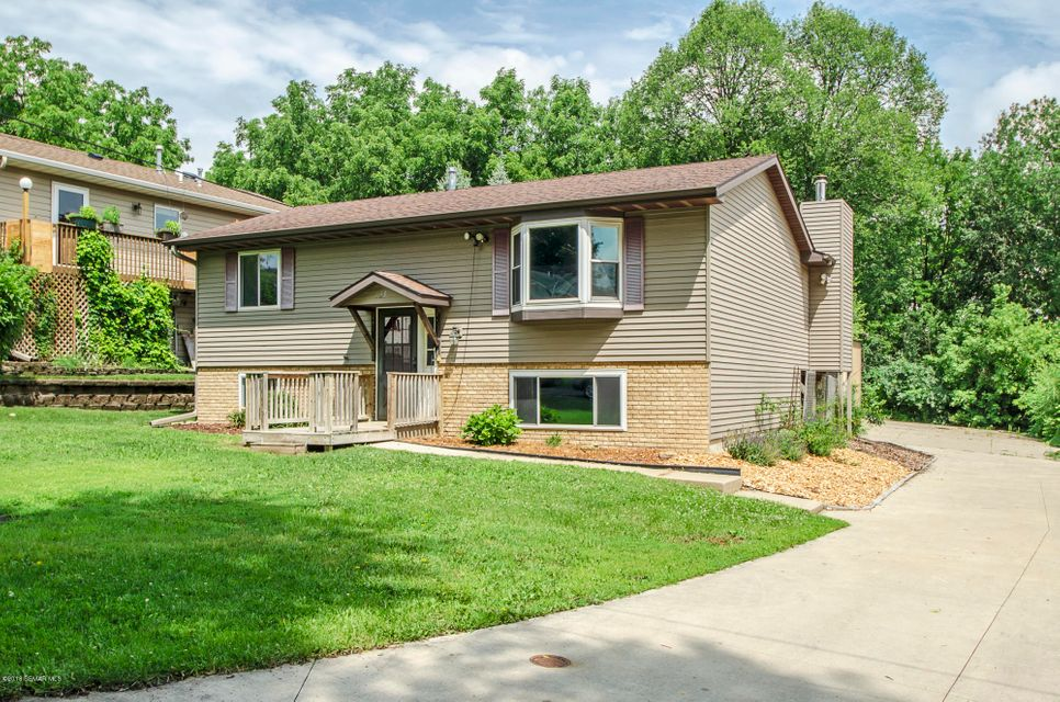 125 19th,Rochester,Minnesota 55902,3 Bedrooms Bedrooms,2 BathroomsBathrooms,Single family residence,19th,4089620