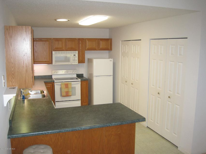 5016 35th,Rochester,Minnesota 55901,2 Bedrooms Bedrooms,2 BathroomsBathrooms,Townhouse,35th,4089636