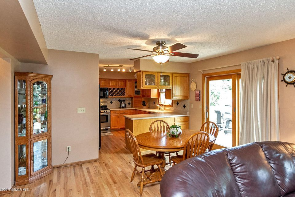2320 Meadow Hills,Rochester,Minnesota 55902,4 Bedrooms Bedrooms,4 BathroomsBathrooms,Single family residence,Meadow Hills,4089767