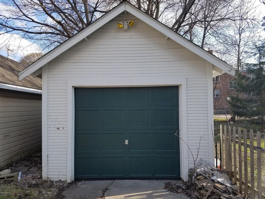 1138 2nd,Rochester,Minnesota 55901,2 Bedrooms Bedrooms,1 BathroomBathrooms,Single family residence,2nd,4090407