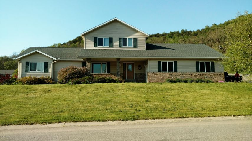 8580 Crocus Lane, Winona, MN 55987