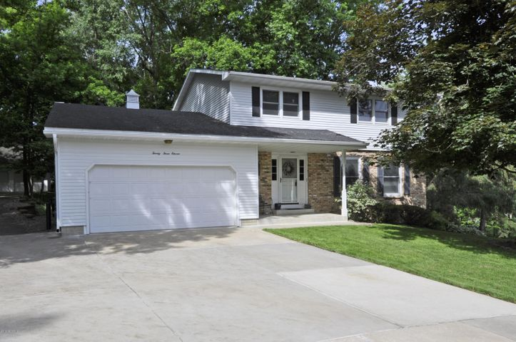 2311 10th Avenue NW, Rochester, MN 55901
