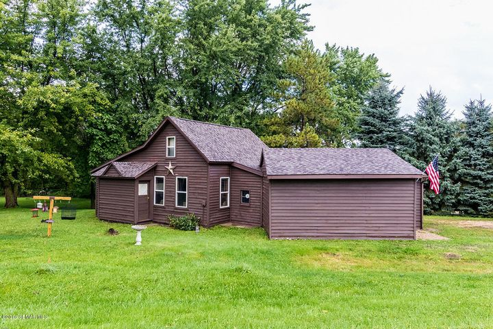 67245 HIGHWAY 63, Lake City, MN 55041