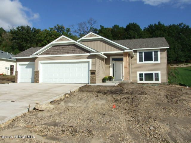 428 Hillside Drive SE, Chatfield, MN 55923