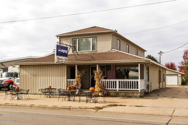 716 W Lyon Avenue, Lake City, MN 55041