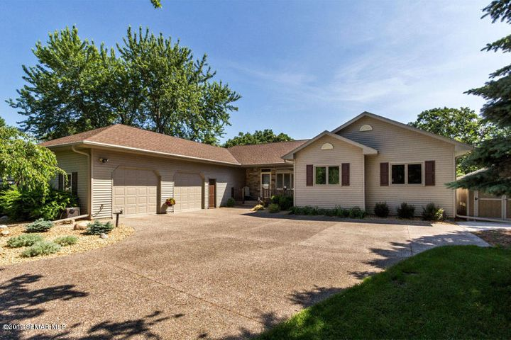 36332 Golfview Ridge, Lake City, MN 55041