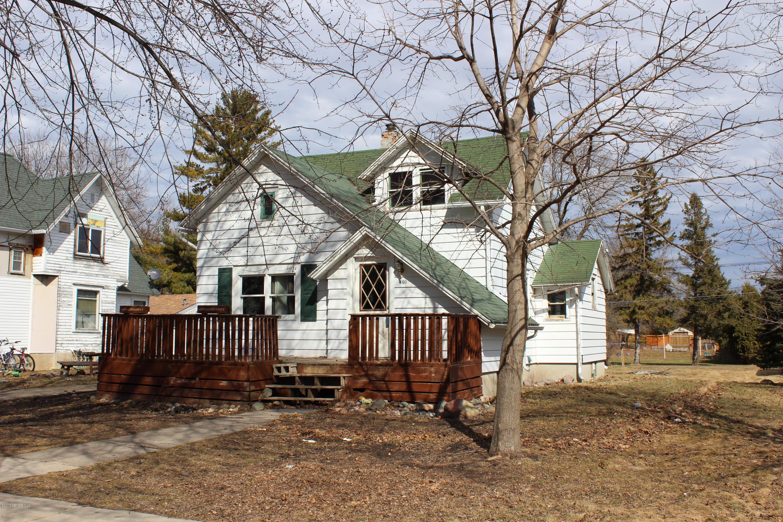 140 3rd Street NE, Blooming Prairie, MN 55917