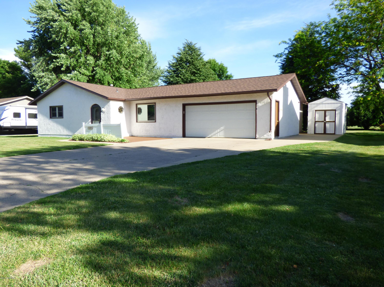 453 3rd Street SW, Blooming Prairie, MN 55917